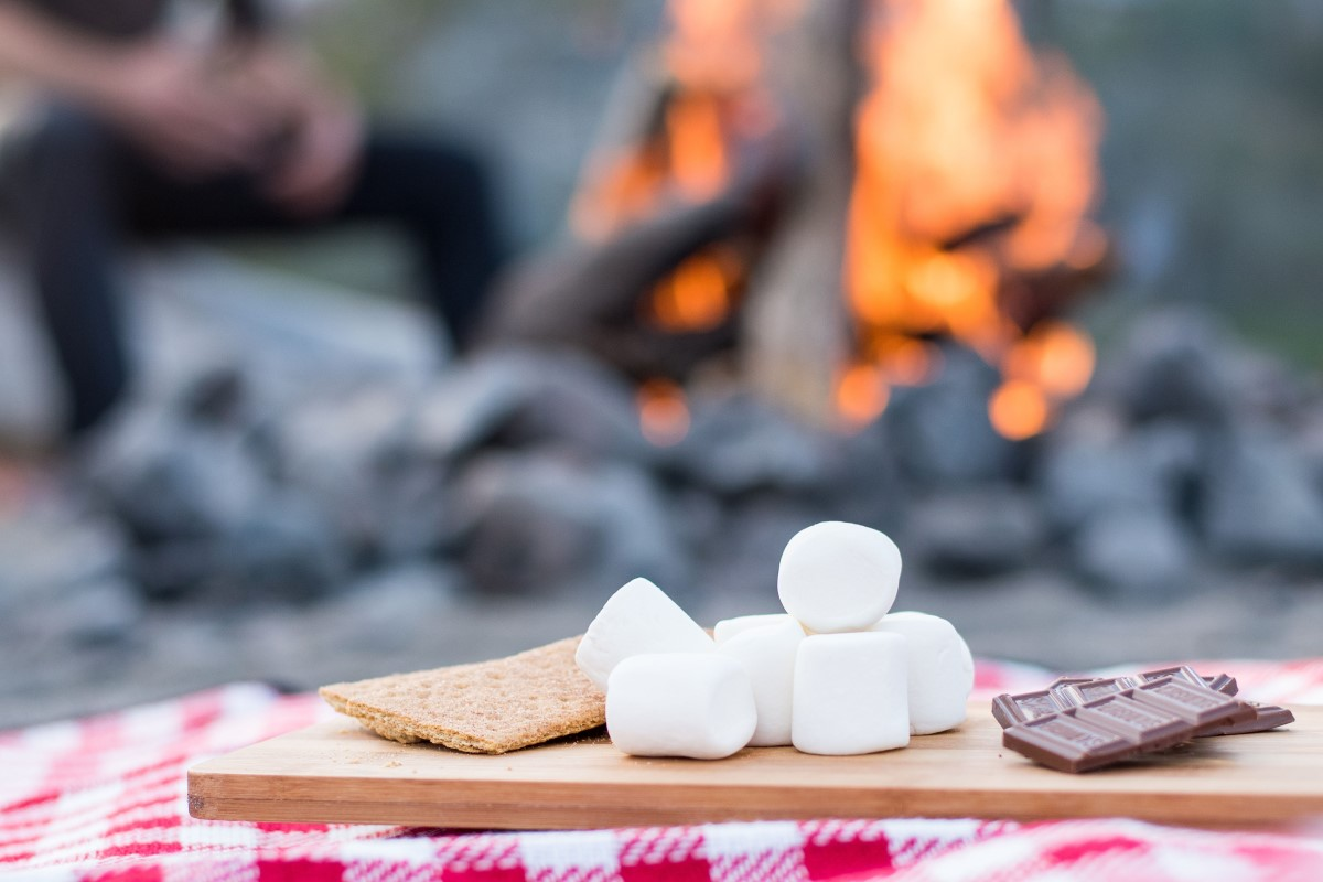 smores recipes by the campfire